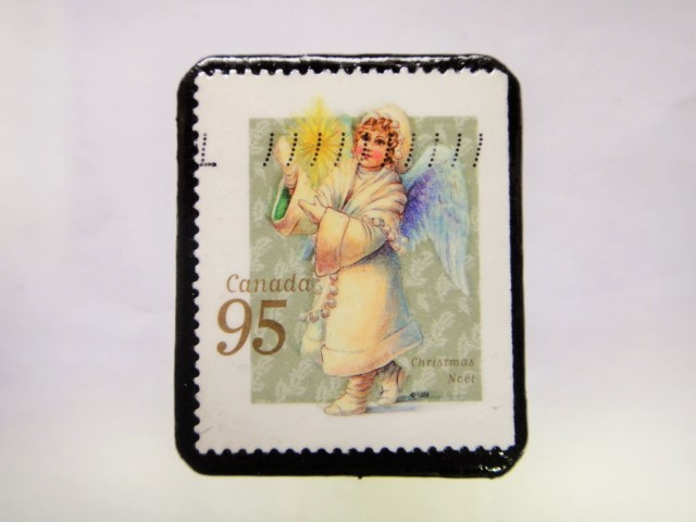 ハンガリー クリスマス切手ブローチ204