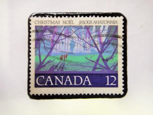 カナダ クリスマス切手ブローチ209