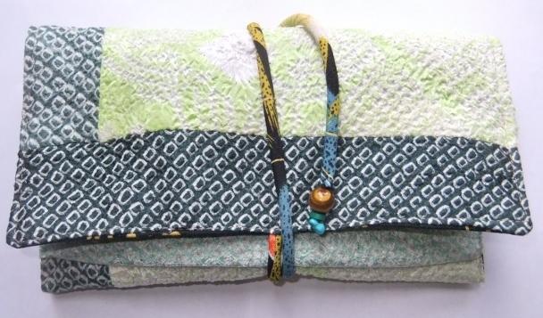 絞りの帯揚げと絞りの羽織で作った和風お財布 692