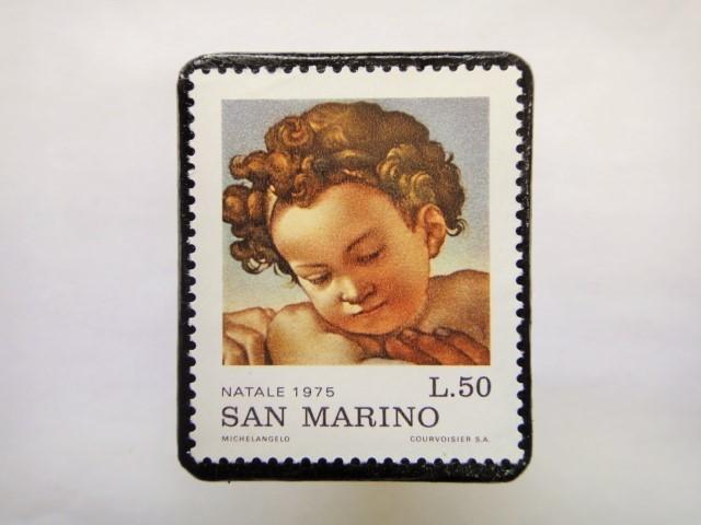 サンマリノ クリスマス切手ブローチ235