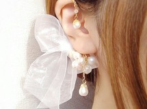 ♡love white♡ ear cuff