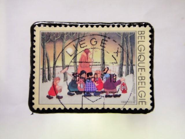 ベルギー クリスマス切手ブローチ269