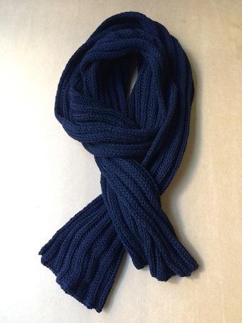 ゴム編みマフラー (紺色)