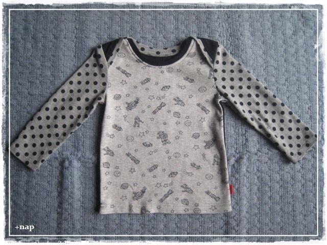 クロスショルダー長そでTシャツ(ロボット×ネイビー)・90