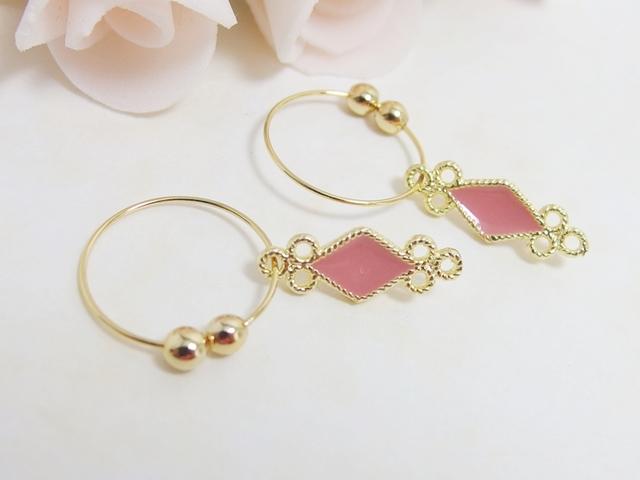 ?SALE?*E01***ダイヤカット(ピンク色)☆フープイヤリング