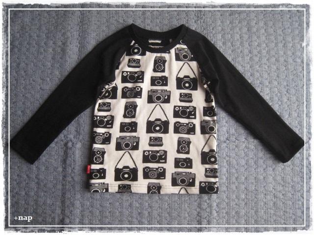 ラグラン長そでTシャツ(カメラ)