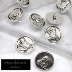 再販⭐︎8個入)antique silver horse buttons