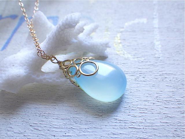☆再販☆ 海の泡カルセドニードロップのネックレス 14kgf Blue