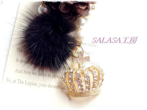 王冠とファーのキラキラバッグチャーム(クリスタル)