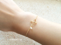 minne限定販売!Triangle Gold Pearl Bracelet