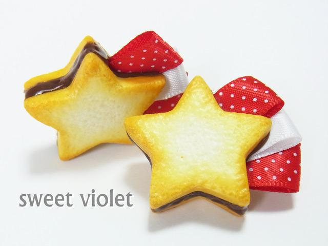 【再入荷】赤い流れ星クッキーのブローチ